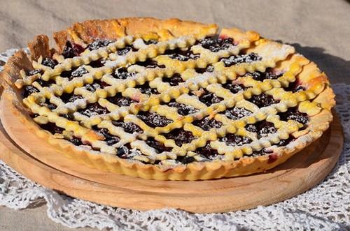 Песочное тесто для пирога с ягодами: 2 рецепта
